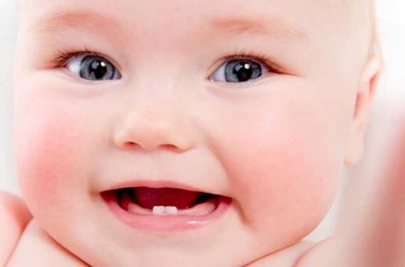 Diş Çıkarma Dönemindeki Bebeklere Karanfil Tarifi